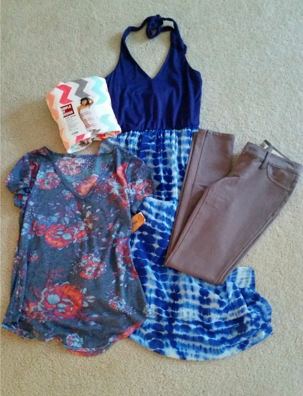 (L to R) 1. Mudd patterned v-neck tee in medium, $̶1̶6̶  $7.99 2. Kohl's bath wrap in multicolored chevron, ̶2̶4̶.̶9̶9̶  $12 3. Lily Rose Santorini Blue maxi dress in small, $̶4̶8̶  $19.20 4. Mudd French terry jegging in size 3, ̶$̶4̶0̶  #12